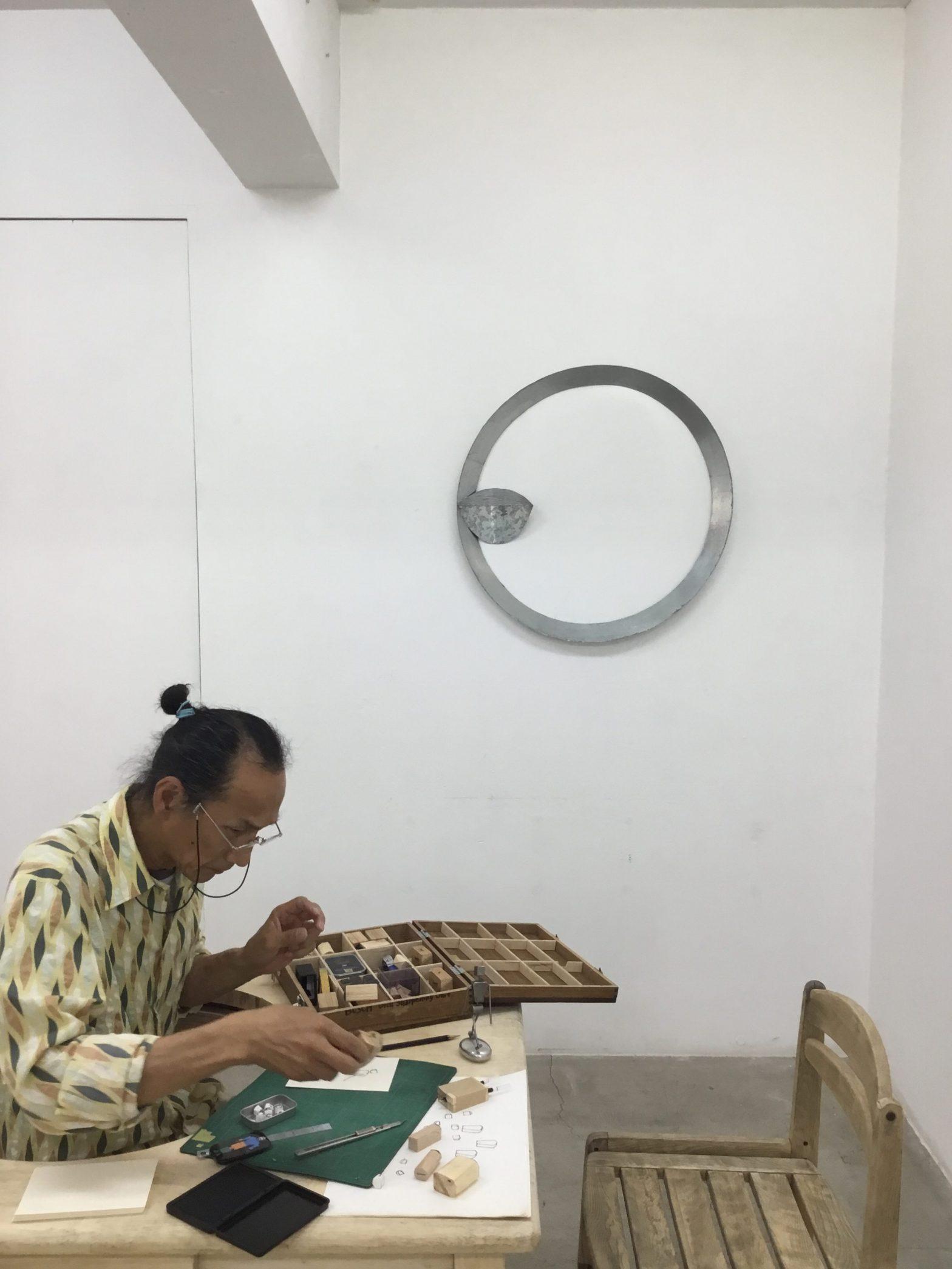 本日より「太陽の東 月の西 伊藤誠と吉川陽一郎による彫刻展 」が始まりました。